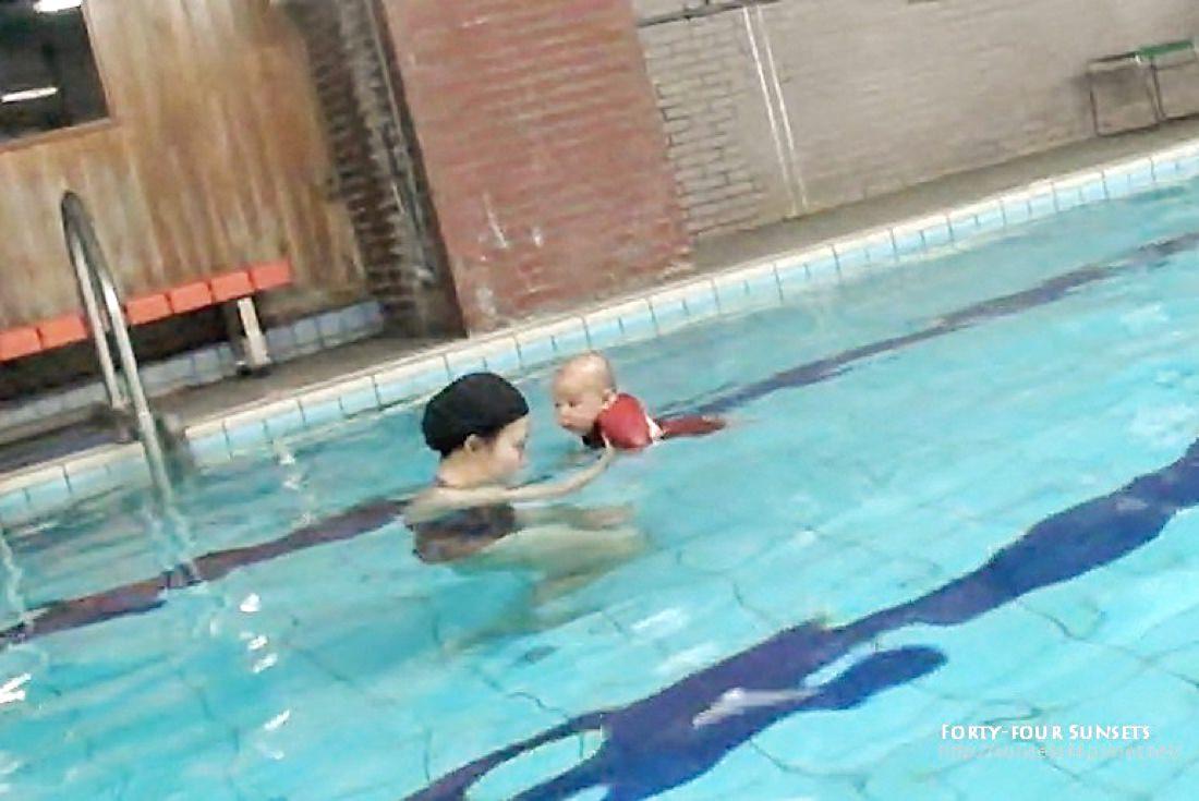 小豆人生第一次游泳 | 生之光
