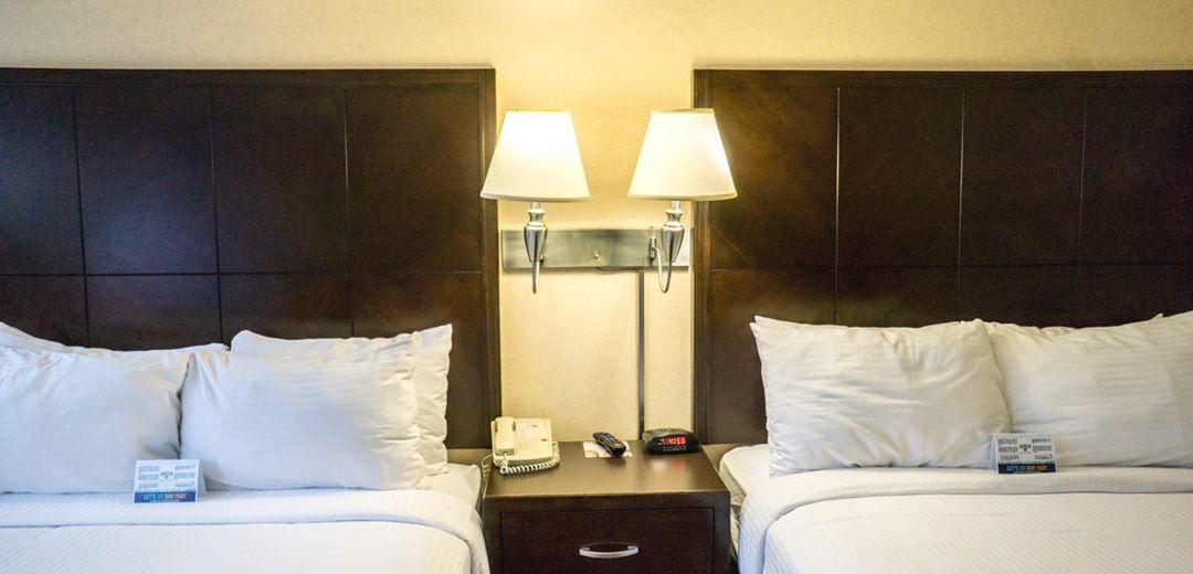 迪士尼Alpine Inn | 住在加州迪士尼隔壁 走路十分鐘可到的平價旅館